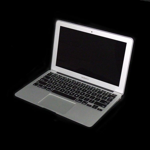 MacBook Air 11 inch mid 2011 BTO MD214J/A