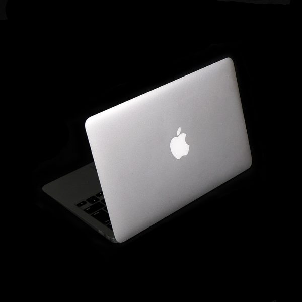 MacBook Air 11 inch mid 2012 MD224J/A 後部