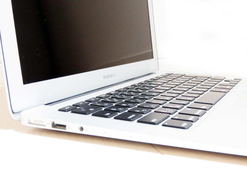 中古Mac Apple MacBook Air Early 2014 MD760J/B BTO サイド